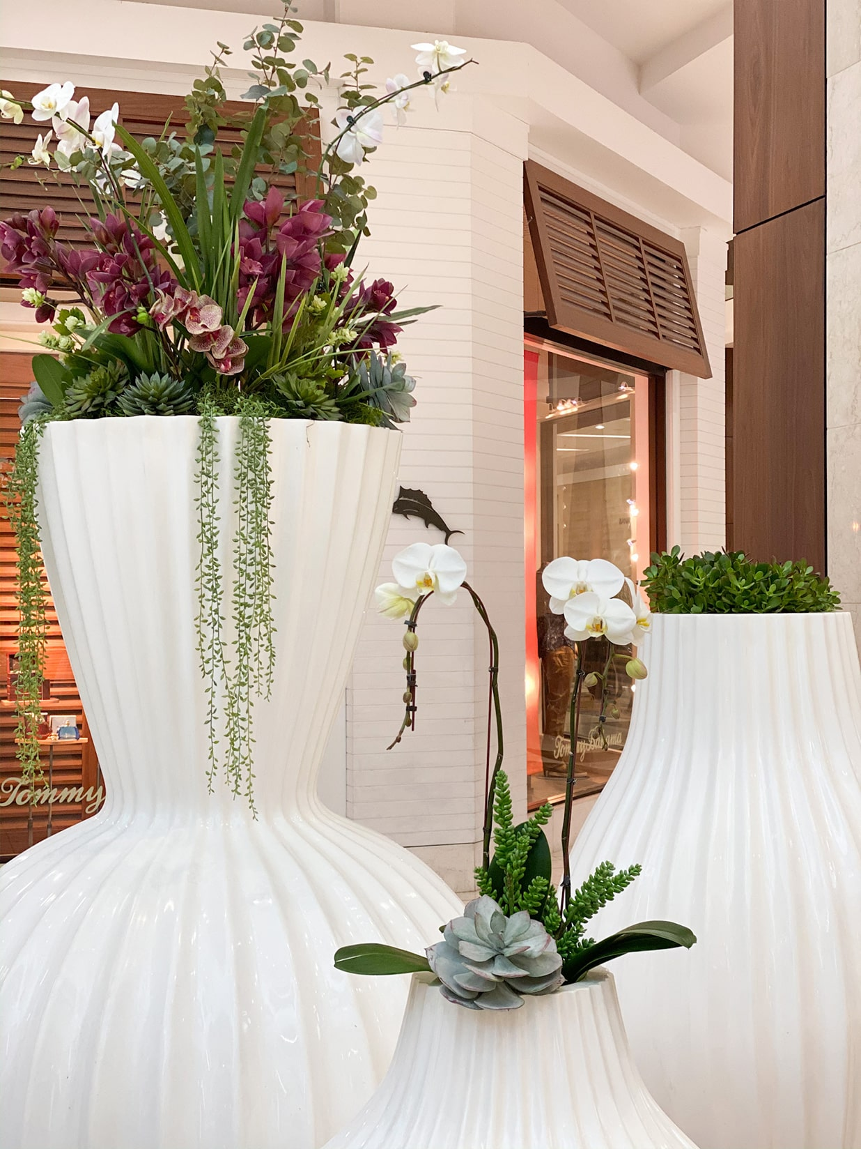 interior retail plant design california