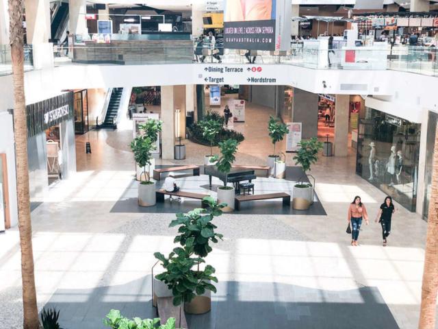 retail landscape design